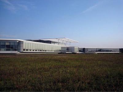 7 Pabrik Paling Unik Dan Aneh Di Dunia | Rioglass Solar Production Plant