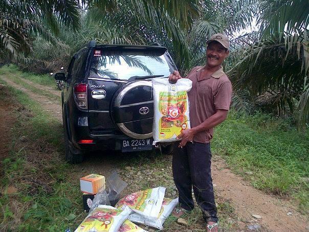 PROSES PEMUPUKAN PADA TANAMAN SAWIT,SUPERNASA GRANULE DAN POWER NUTRISI