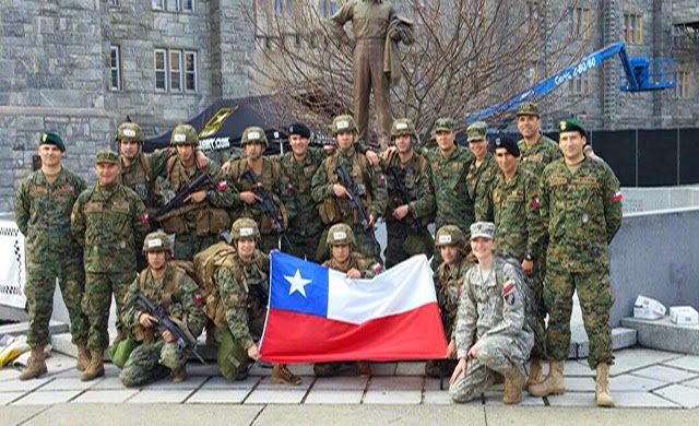 http://www.escuelamilitar.cl/index.php/es/noticias-escuela/cadetes/240-exitosa-actuacion-en-west-point-de-patrulla-weichafe