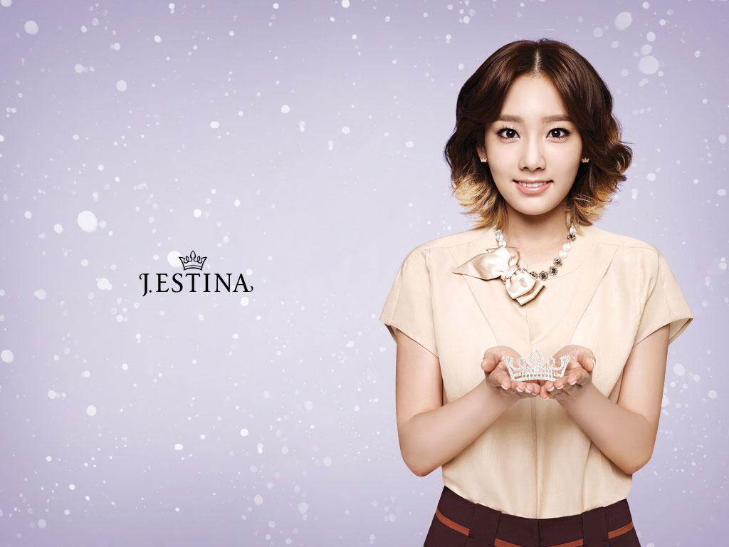 http://2.bp.blogspot.com/-VelD_6gEqNs/TwyEy11_JNI/AAAAAAAABIA/cFl6G1EkC1s/s1600/snsd-jestina-taeyeon-1024.jpg