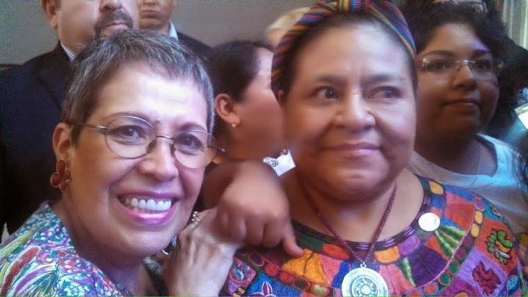 Inolvidable momento con Rigoberta Menchu