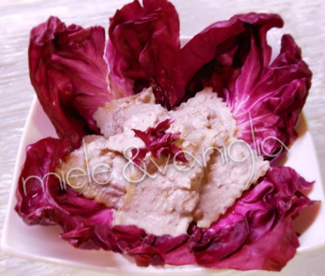 ravioli di ricotta di bulafa con radicchio e gorgonzola al mascarpone