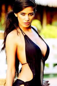 Poonam-Pandey-Hot-Pics-6