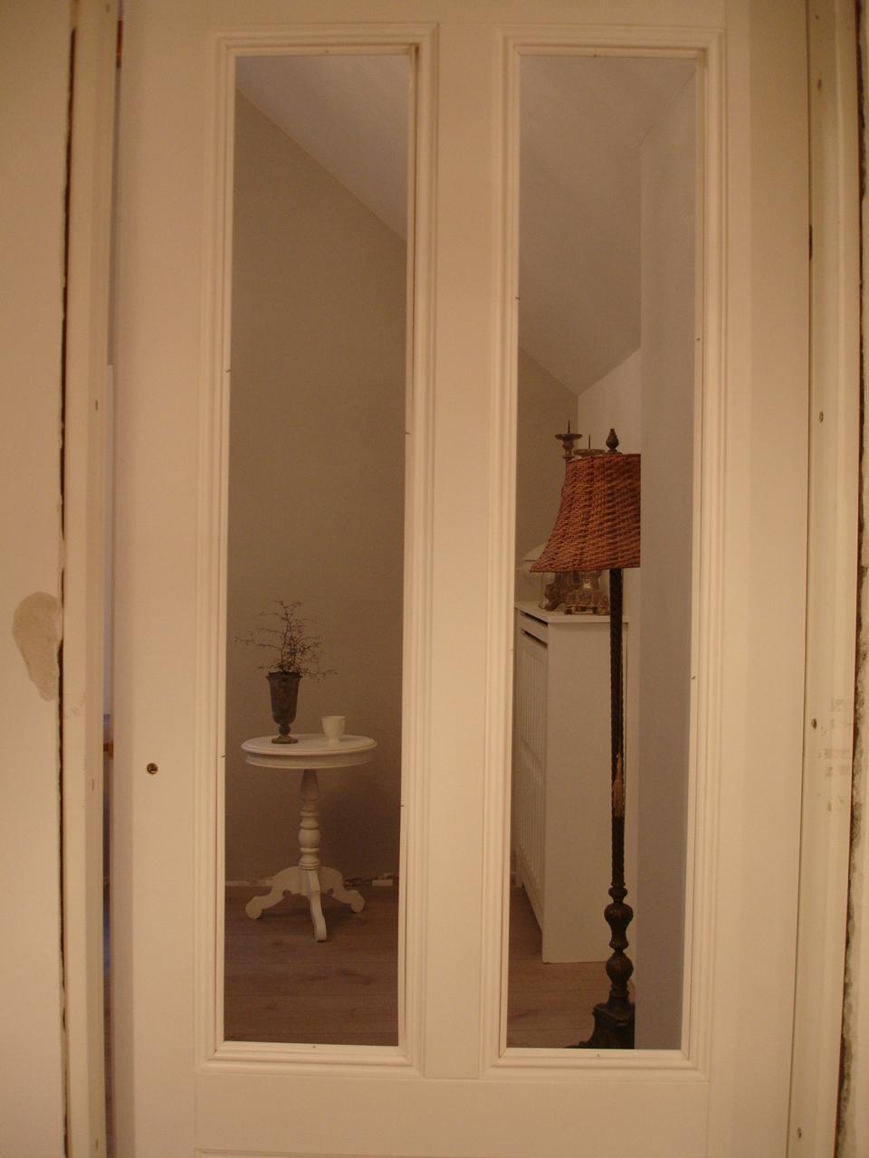 brocante charmante es gibt t ren. Black Bedroom Furniture Sets. Home Design Ideas