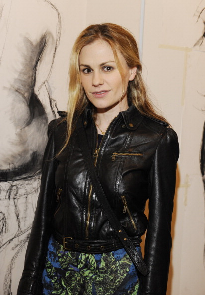 Anna Paquin 2012 Lorien Haynes Art Show Photos ~ Entertainment Here ... Anna Paquin