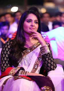 Anushka At Baahubali Audio Launch Photos