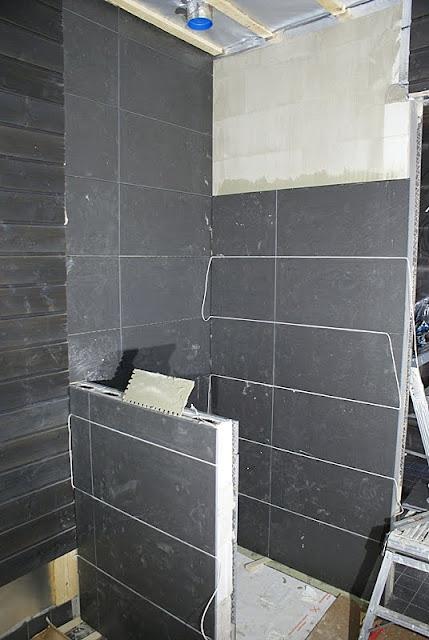 musta, musta laatta, tulikivi utu, saunatupa, saunarakennus, mökkisauna