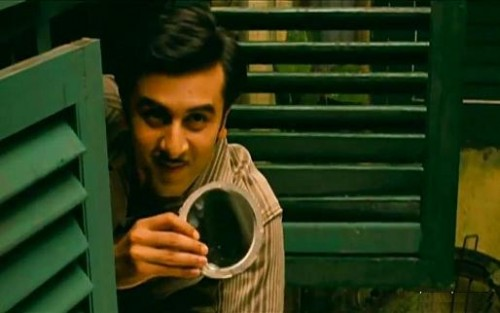 Ranbir Kapoo making fun in barfi