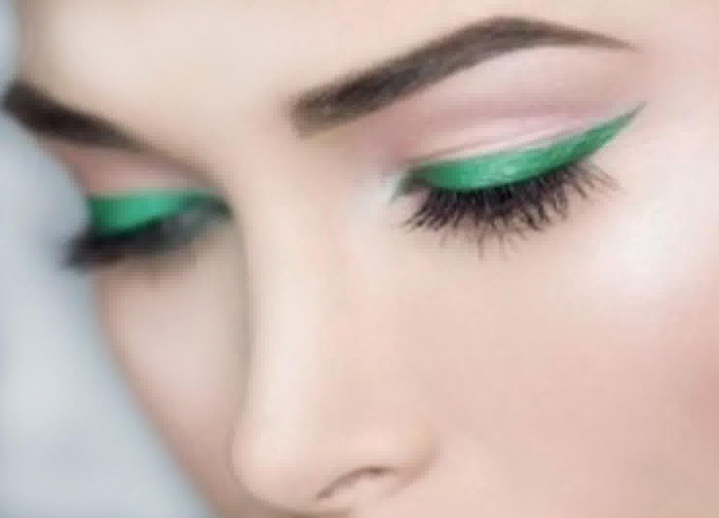 liquid eyeliner yang cantik