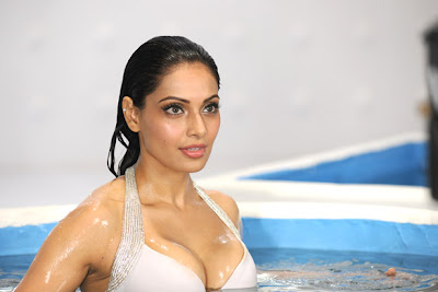 Bipasha Basu in Bikini Raaz 3