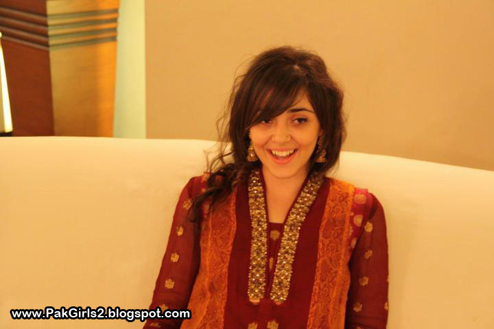 Pakistani Girls Pictures at Marriage