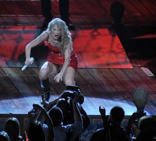 Bikini Point Taylor Swift Upskirt White Panty Moment In Washington Dc Concert