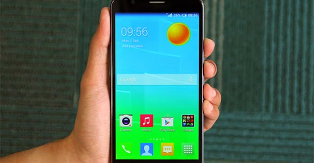 Phablet tầm trung OneTouch Flash