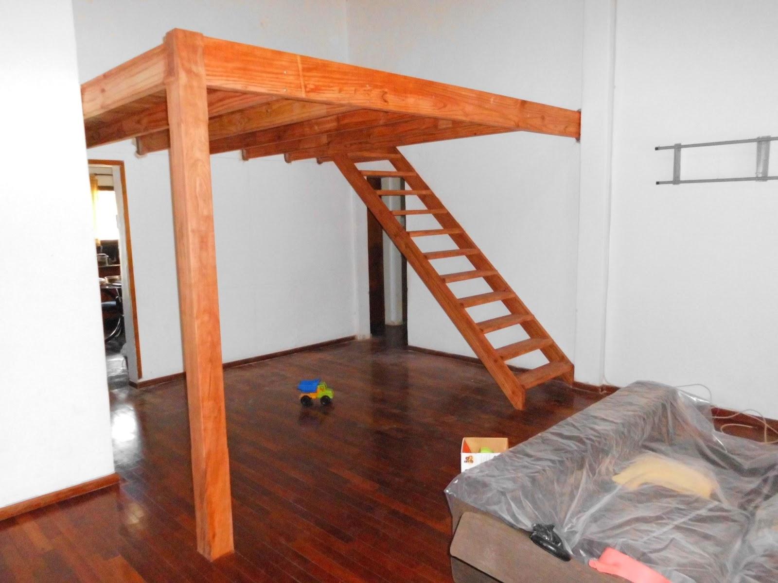 Entrepisos de madera, escaleras.