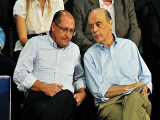 Geraldo Alckmin e Jose Serra combinando corrupção