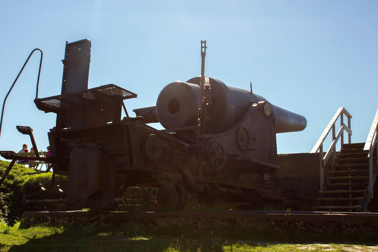 крепость старые пушки