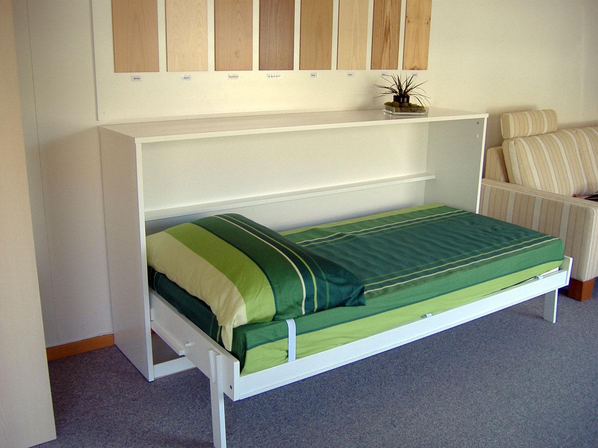 muebles y decoraci n de interiores la cama plegable ahorra espacio en nuestra vivienda. Black Bedroom Furniture Sets. Home Design Ideas