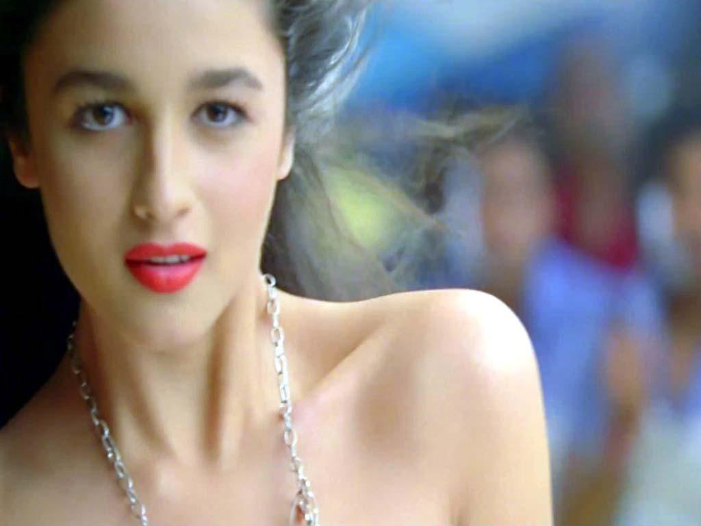 Alia Bhatt WallPapers, Images, HD Photo Shoot, Movies