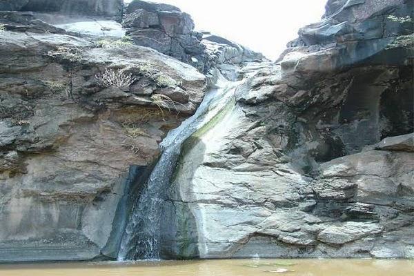 Zarwani WaterFall Photos
