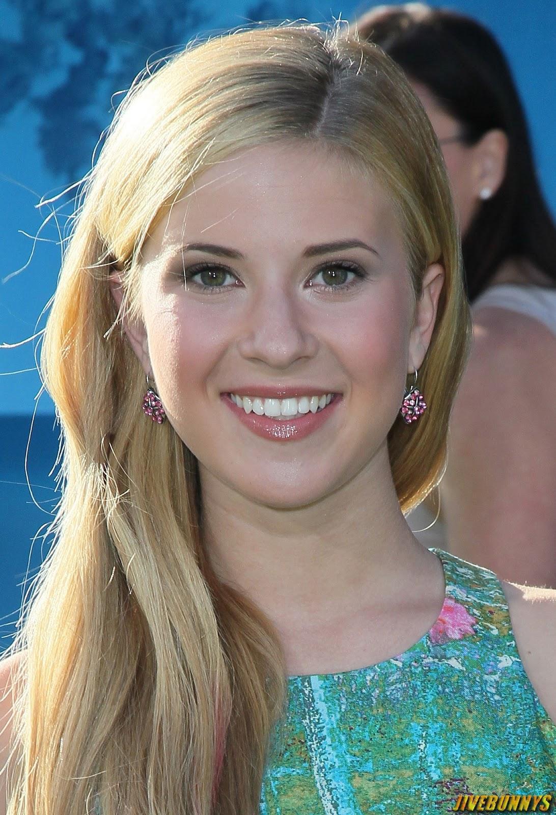 Caroline Sunshine Hot Actress Photos and Image Gallery 1Caroline Sunshine