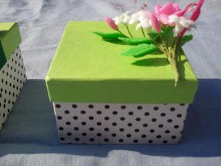 Moldes y figuras de sucha foami cajas decoradas for Cajas de carton decoradas