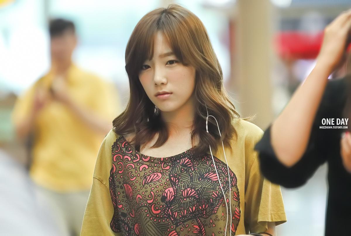 {120701} Taeyeon @ Incheon Airport Tumblr_m6gt87eHBk1r4oun7o3_1280