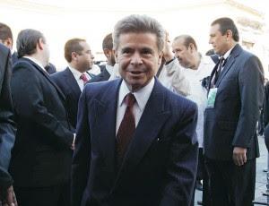 Enrique Burgos García, el caballero de la política, es candidato del PRI al senado por Querétaro.