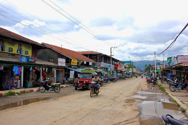 Pueblo de Nyaungshwe (Lago Inle, Myanmar)