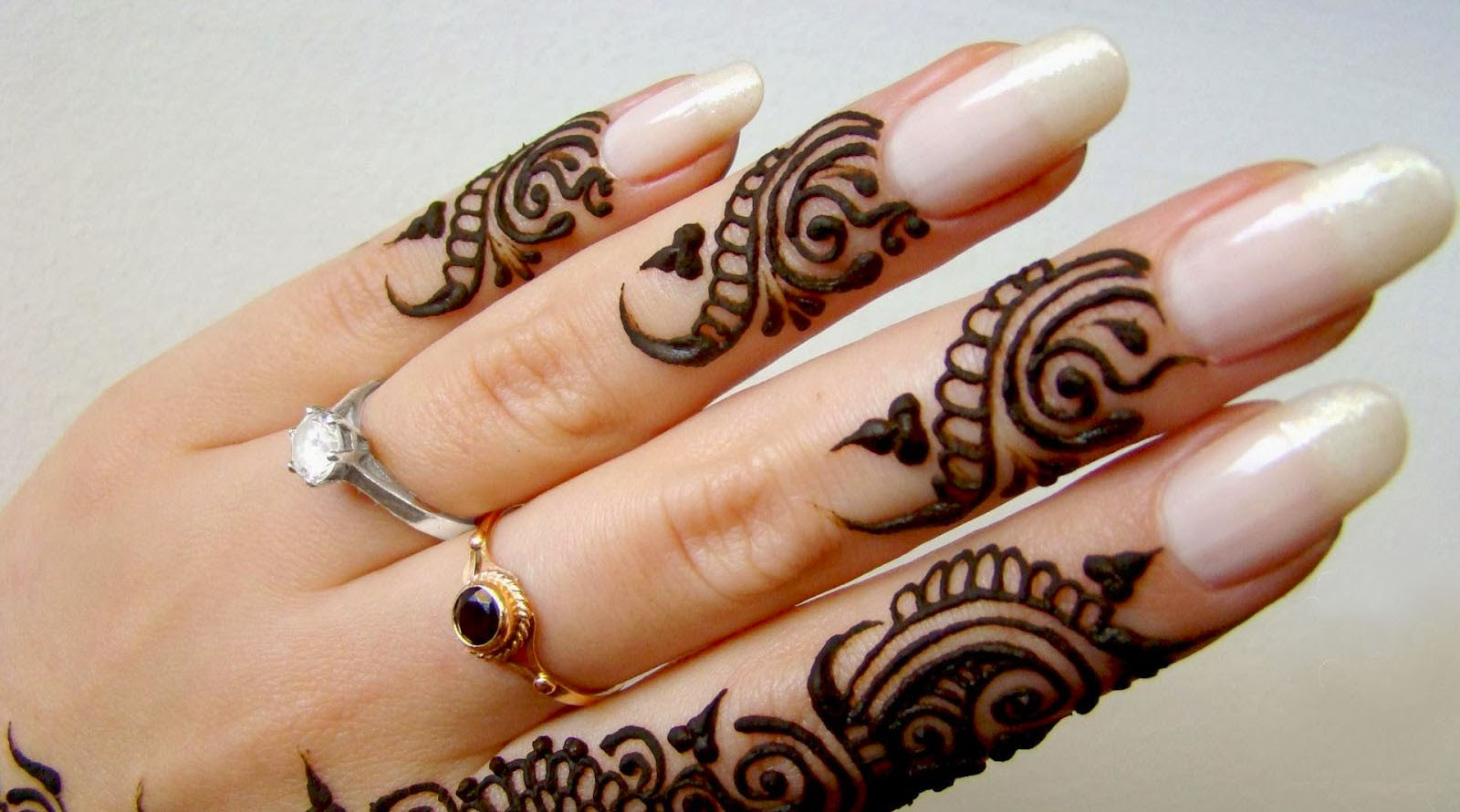 simple mehndi design for hands - online fun