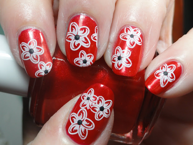 canadian nail fanatic essie bungle