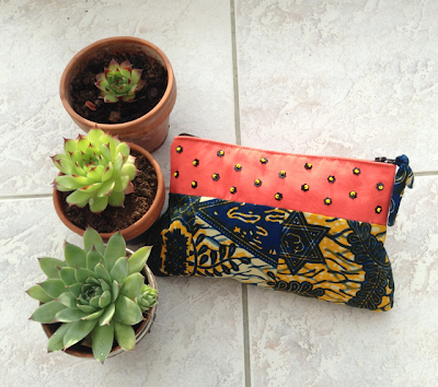 pouch with wax cotton and beads