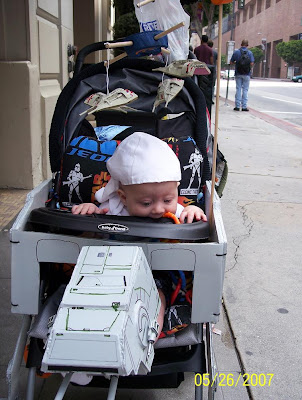 Creative Baby Strollers and Cool Baby Stroller Designs (11) 22