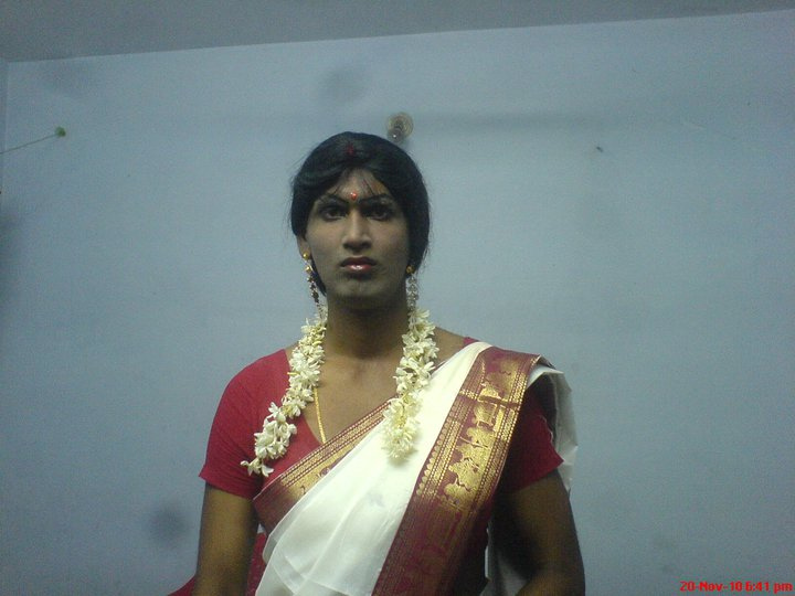 Indian Crossdresser Photo Gallery | IPOMU PHOTO GALLERY | Share