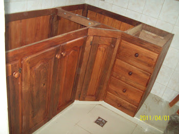 Algarrobo la deolinda algarrobo la deolinda mueble de for Mesa esquinera cocina sodimac