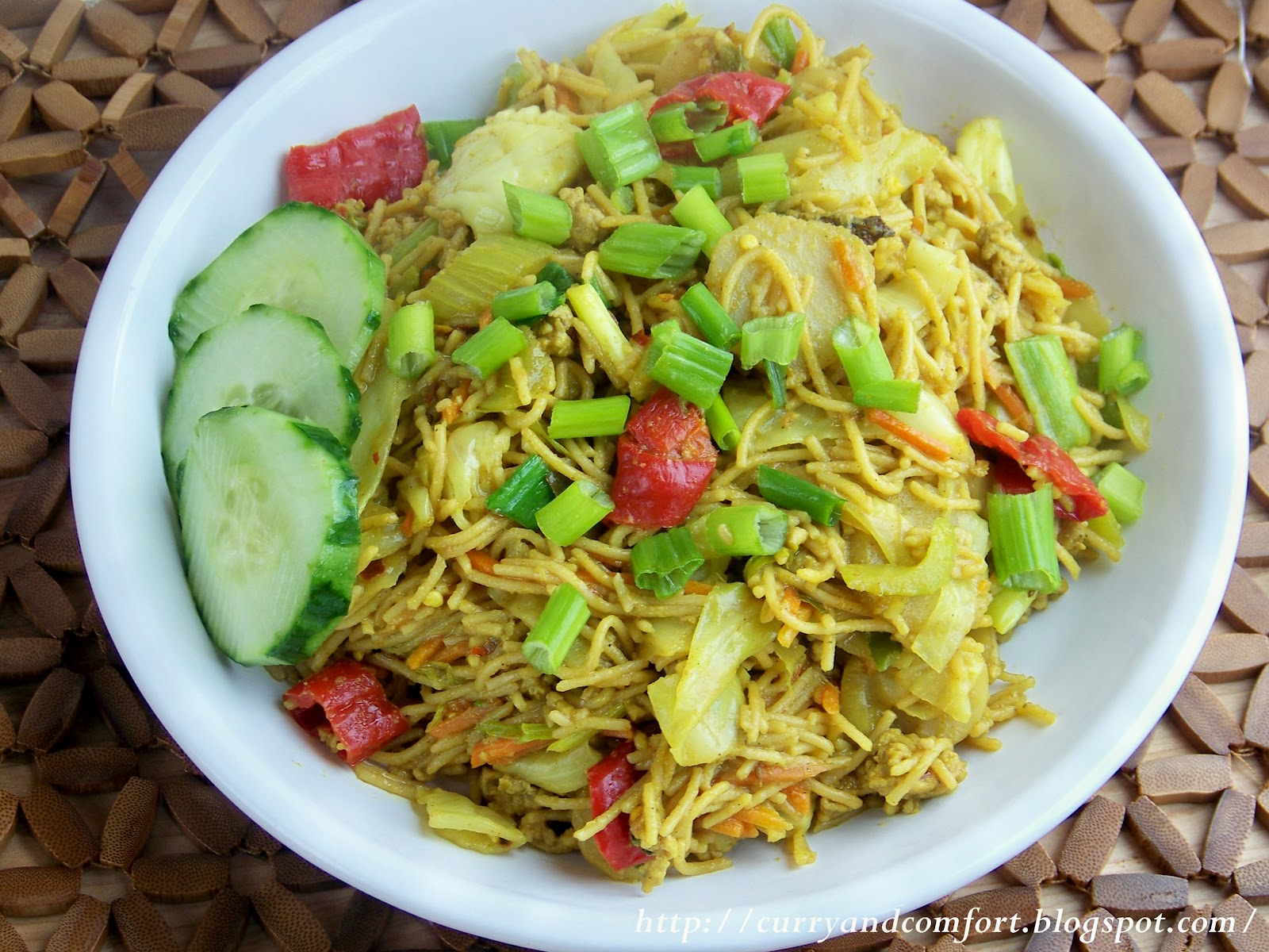 Curried Noodles with Vegetables