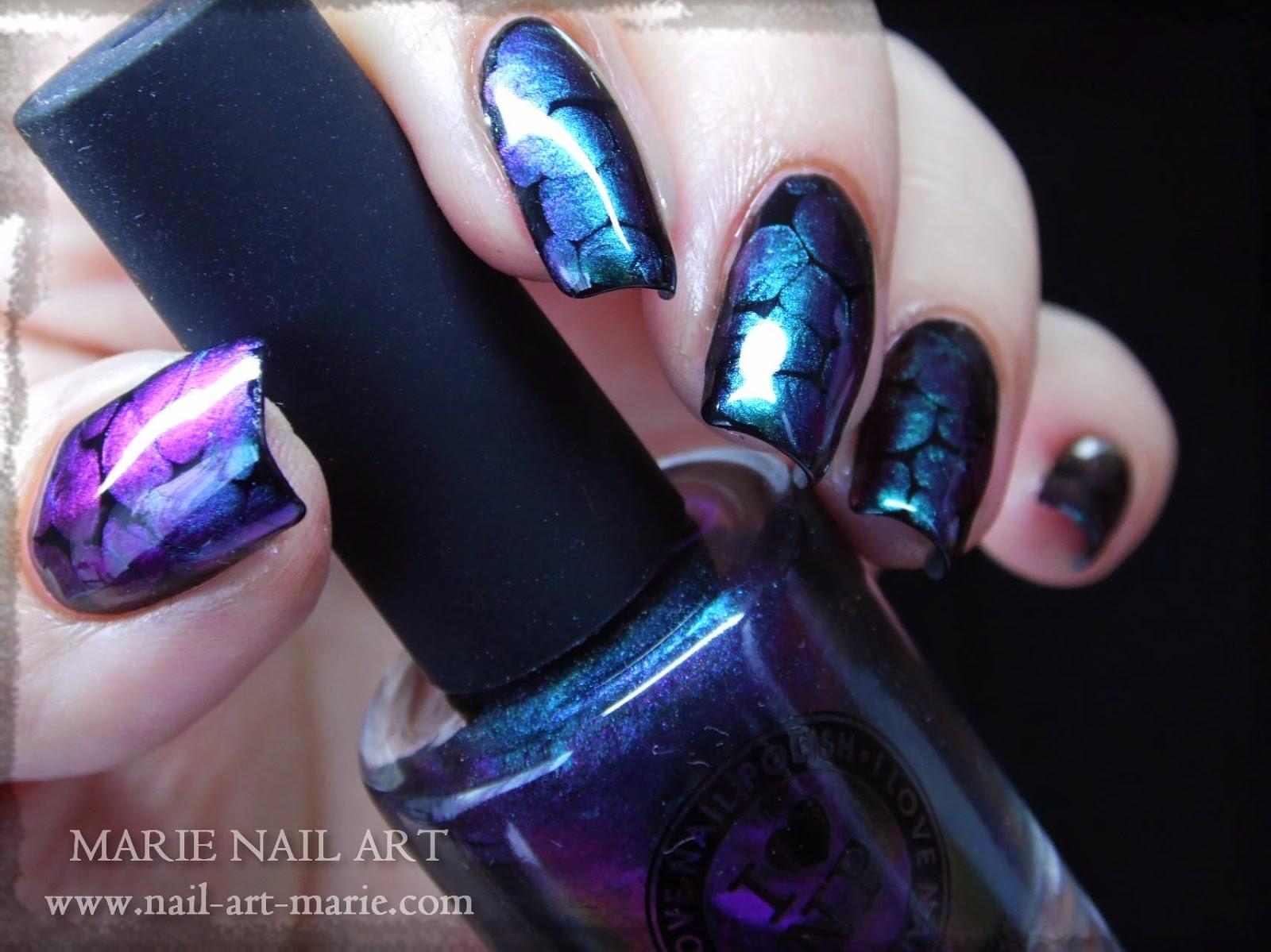nail art blobicure11