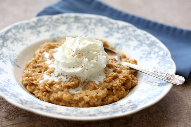 Barefeet In The Kitchen: Pumpkin Pie Oatmeal with Vanilla Whipped ...