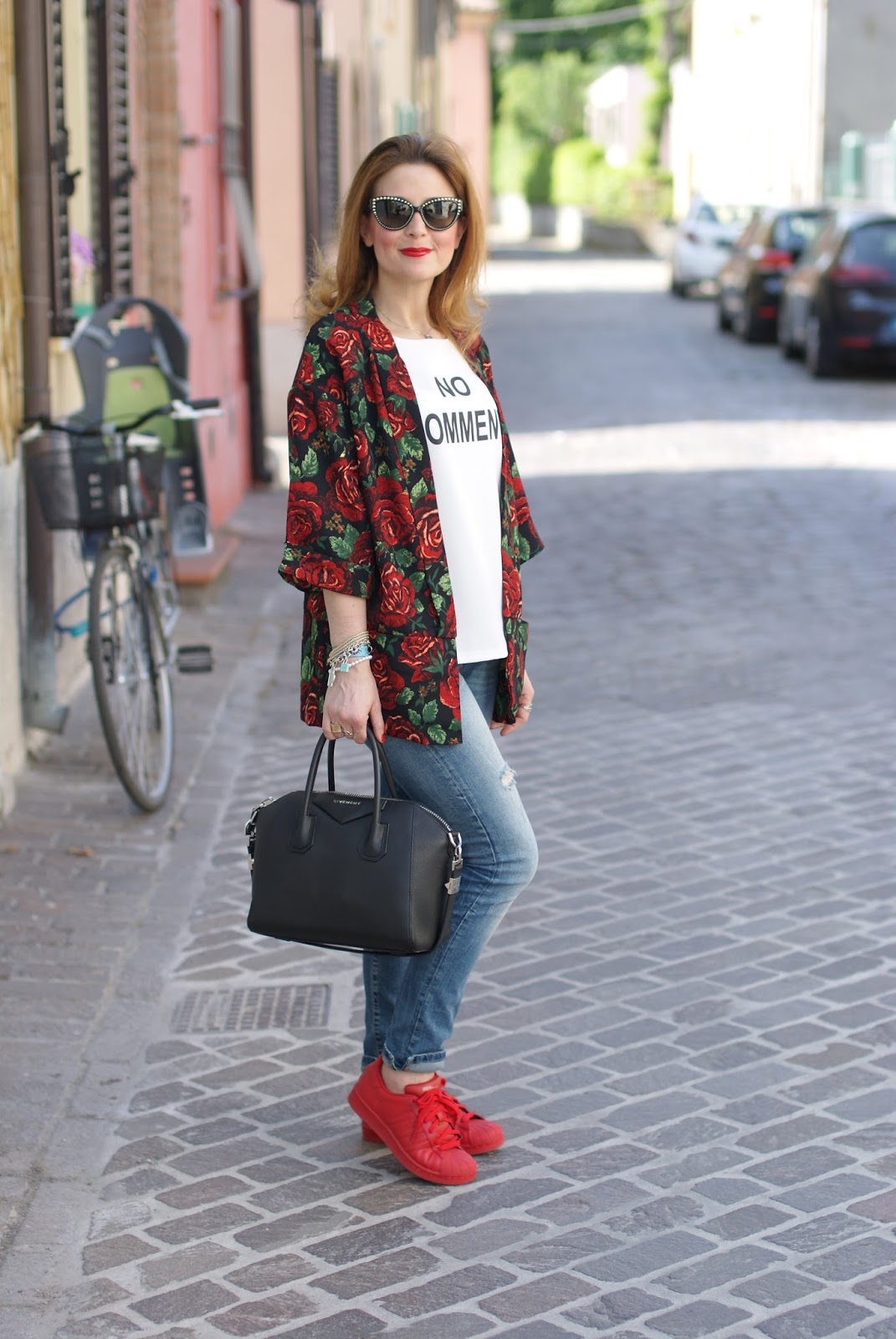 adidas supercolor superstar rosse, Ax Paris kimono jacket and givenchy antigona on Fashion and Cookies fashion blog