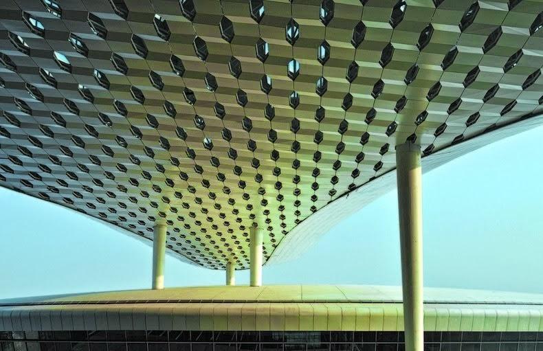 """صور للمطار العملاق """"شينزين باوان الدولي"""" في الصين"""
