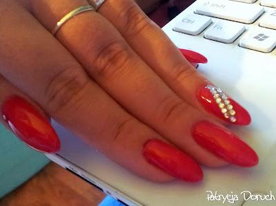 Czerwone żele Z Cyrkoniami Patrycja Doruch Blog O Paznokciach
