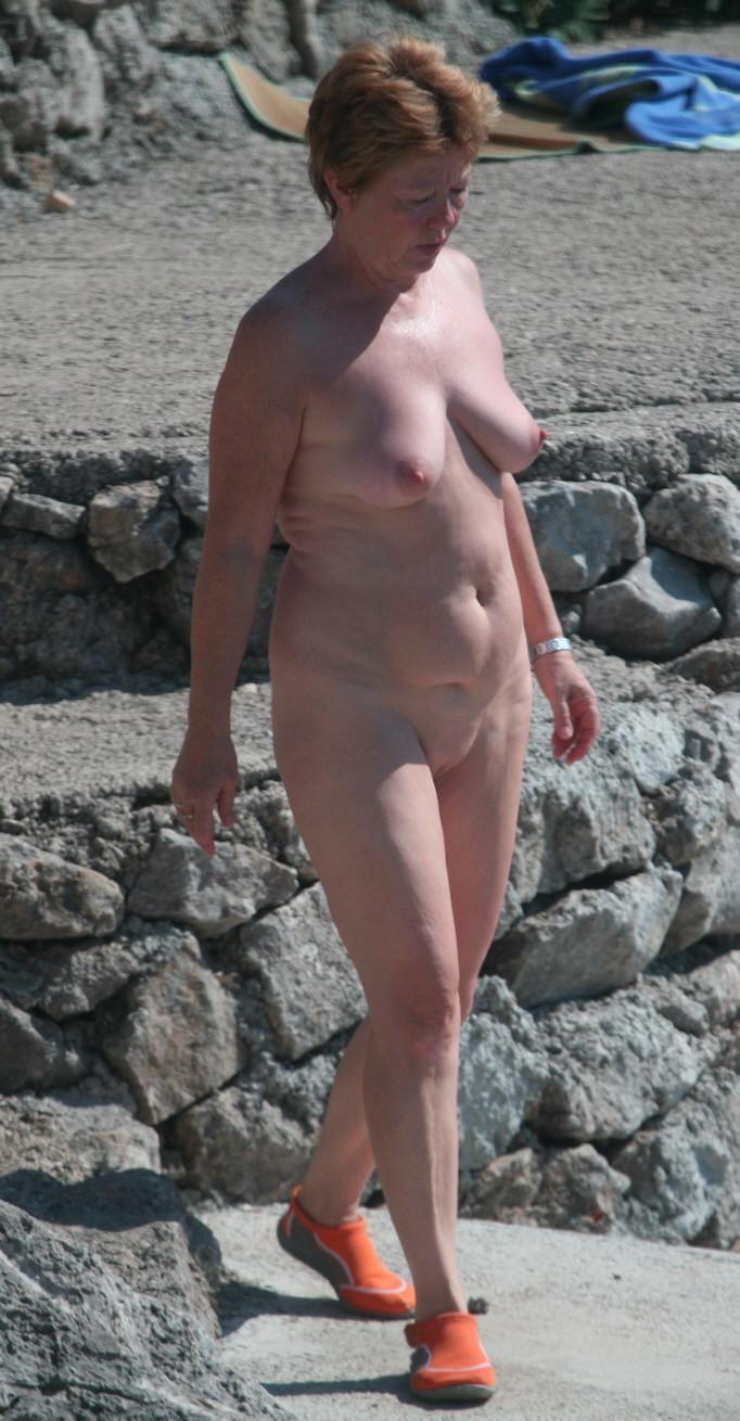 naked yoga boy