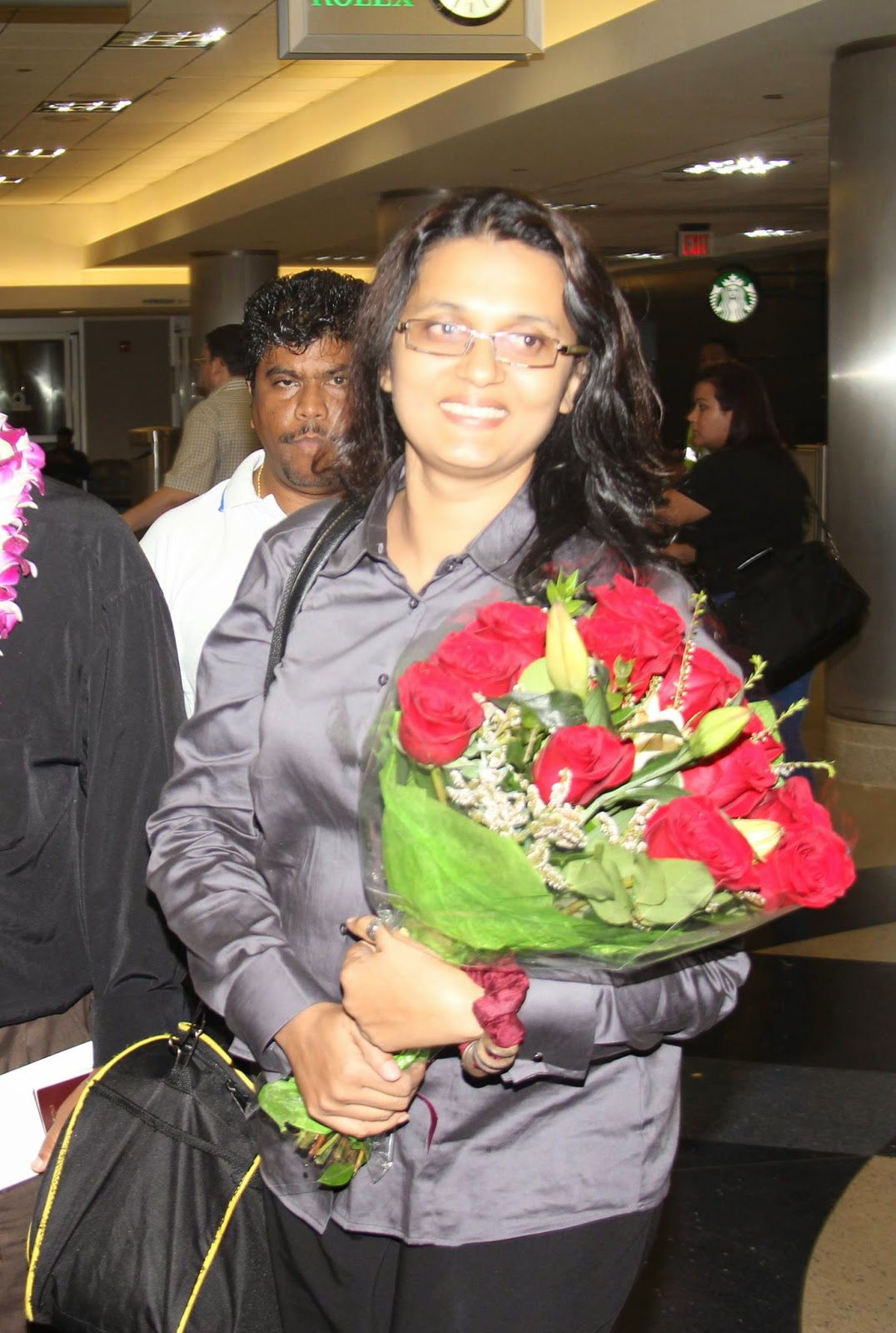 Ferni Roshini sri lankan actress