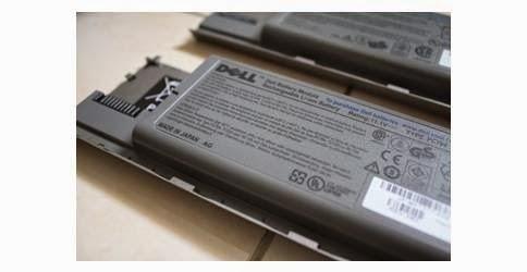 Harga Baterai Laptop Dell Latitude D630 Original.jpg