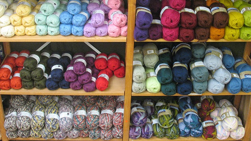 Wool yarns for knitting, crochet and weaving