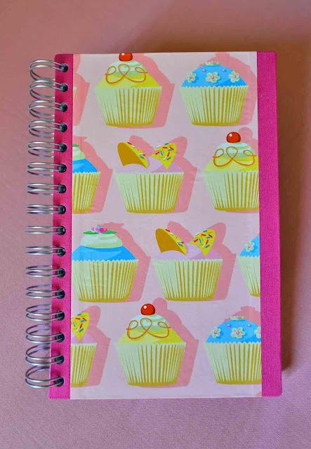 agenda escolar wire o, handbook, appointment book