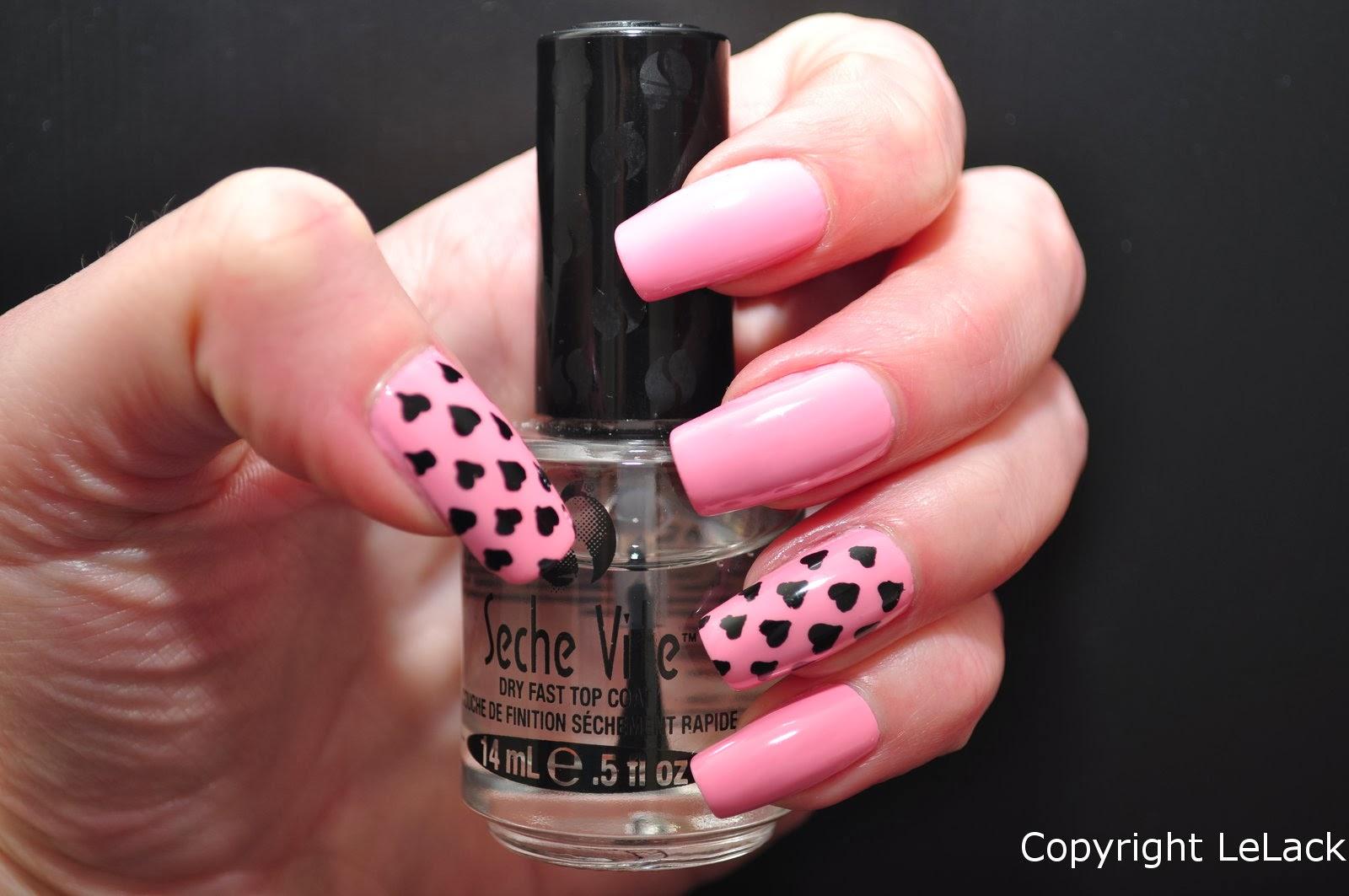 Pink friday hearts