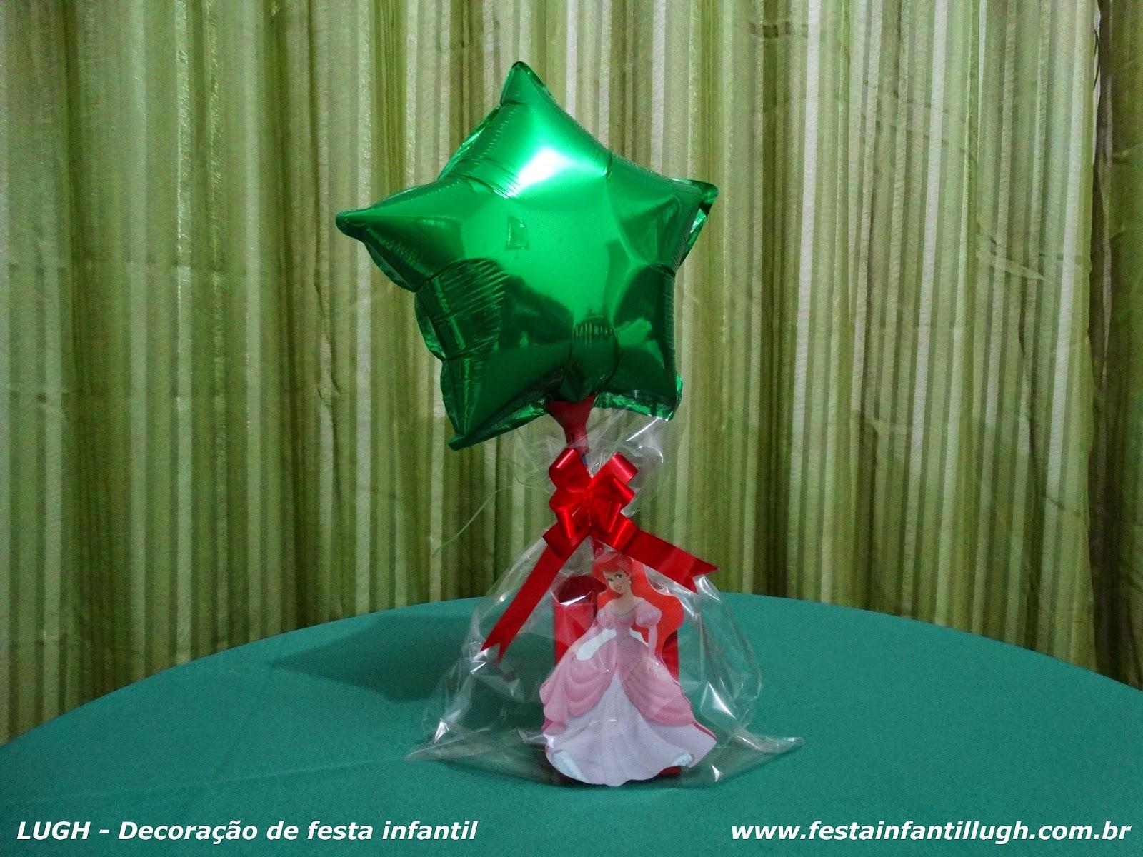 festa de aniversário de meninas - mesa decorada com tema infantil