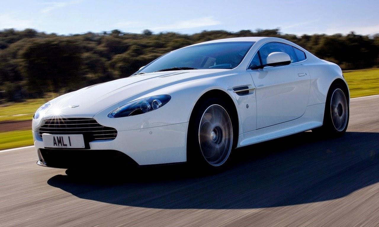 Aston Martin V8 Vantage S Stratus White 2011