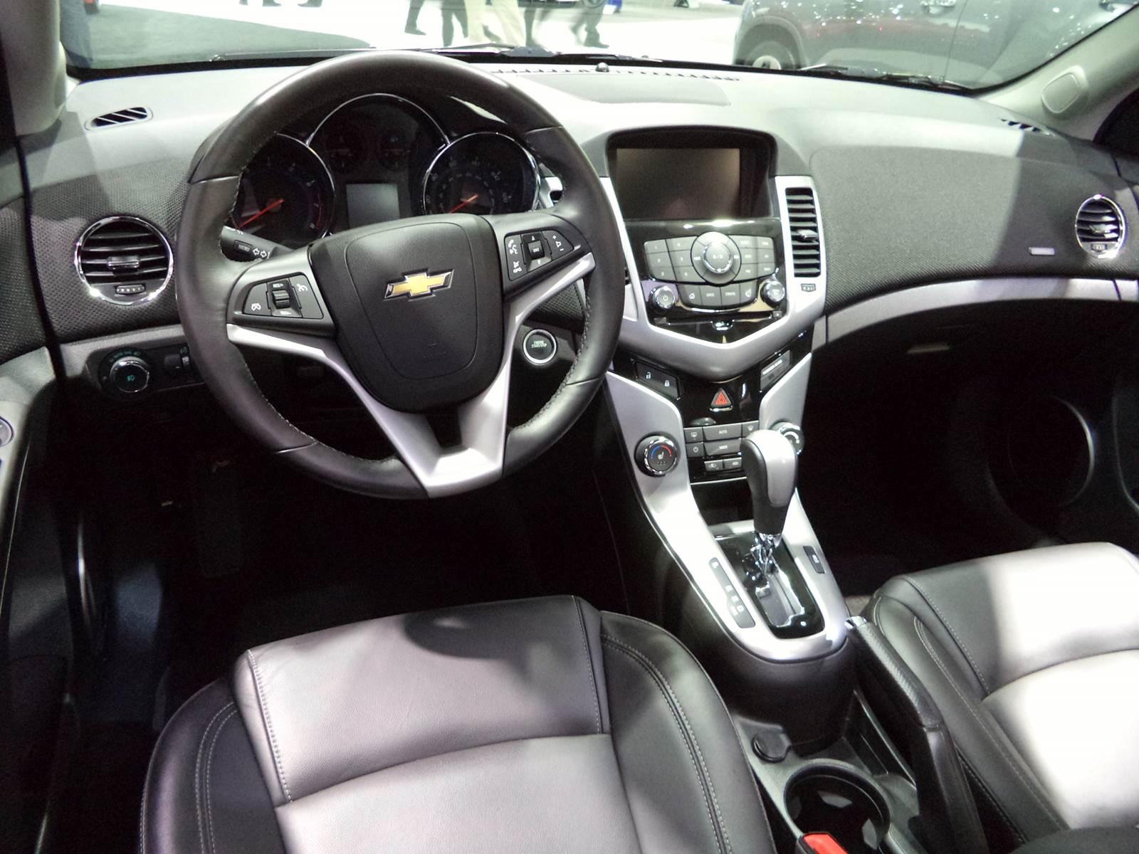 Chevrolet Cruze Sed E Hatch Reestilizados No Sal O De Sp Car Blog Br