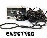 http://manualidadesreciclajes.blogspot.com.es/2014/08/manualidades-con-cassettes.html